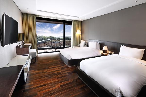 핀크스 호텔
